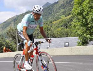 Antonio Bonacho con El Pedal Aragonés subiendo el Tourmalet