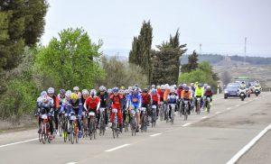 Los participantes regresando de Huesca